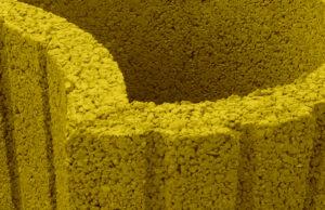 *żółty
